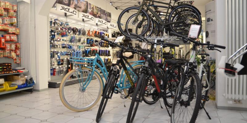#1233 (kein Titel) – Ihr kompetenter Partner rund ums Rad - das ist der Fahrradservice des Erthal-Sozialwerks in Würzburg. Verkauf, Reparatur, Verleih und die erste Fahrrad-Waschstraße Würzburgs inklusive.