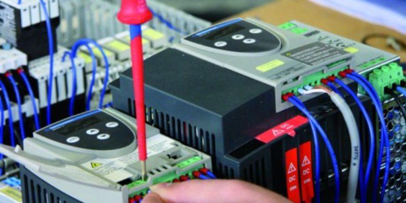 #379 (kein Titel) – Der Elektro-Bereich ist Spezialist bei der Konfektionierung von Kabelsätzen sowie die Montage und Verdrahtung von Baugruppen. Erfahren Sie mehr.